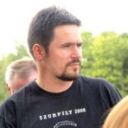 Dr Marcin Engel